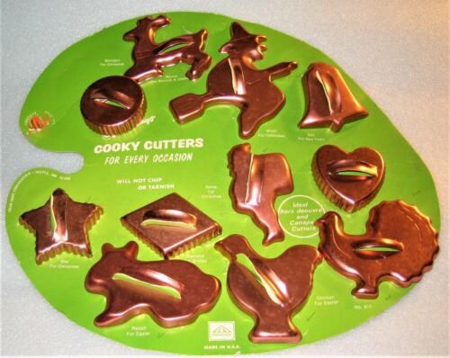 Vintage COOKY CUTTERS – 11 cutters copper – original mounting – NEW!