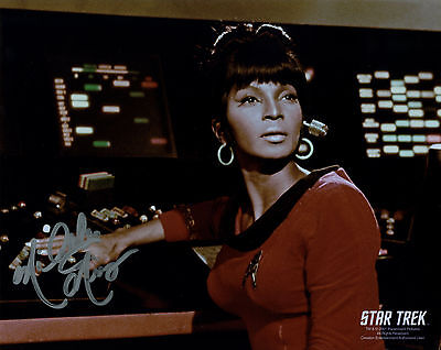 NICHELLE NICHOLS AUTOGRAPH  PHOTO STAR TREK ORIGINAL SERIES HAND SIGNED UHURA
