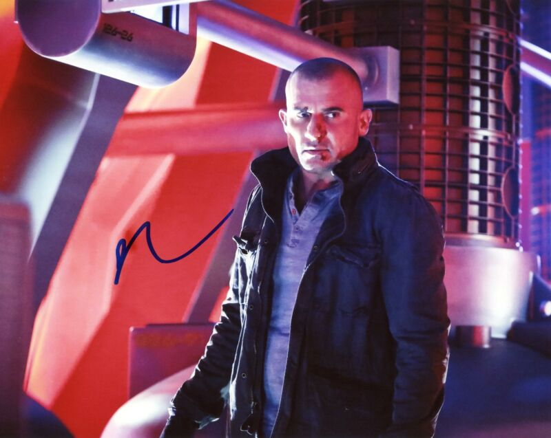 """Dominic Purcell """"DC's Legends of Tomorrow"""" AUTOGRAPH Signed 8x10 Photo"""