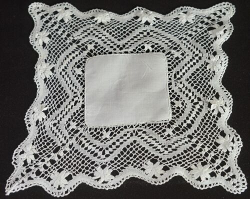 VINTAGE LINEN AND LACE HANKY - WEDDING UU81