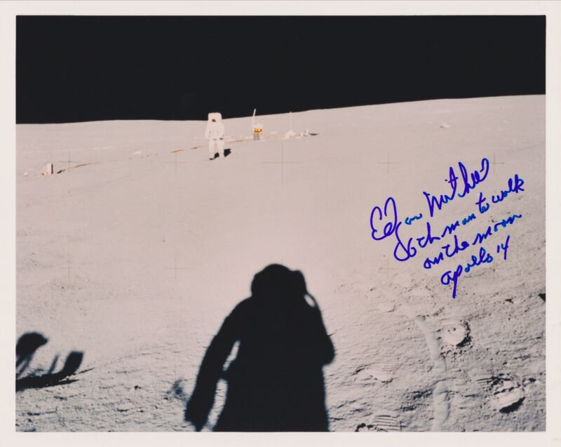 Ships FREE!-Edgar Mitchell Signed 8 x 10 NASA Kodak on the Moon (2a)