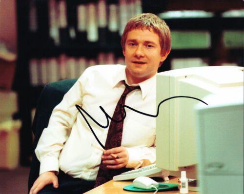 Martin Freeman Signed 10X8 Photo The Office AFTAL COA (B)