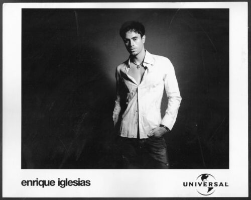 ~ Enrique Iglesias Original Universal Records Promo Portrait Photo