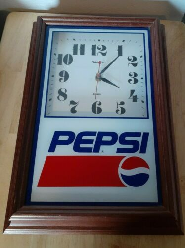 Hanover Quartz Pepsi Cola Wall Clock Battery Wood Frame