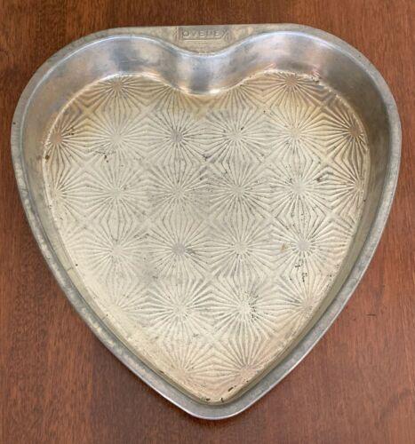 Vintage OVENEX Starburst Heart Shape Cake Pan ~ Chicago USA