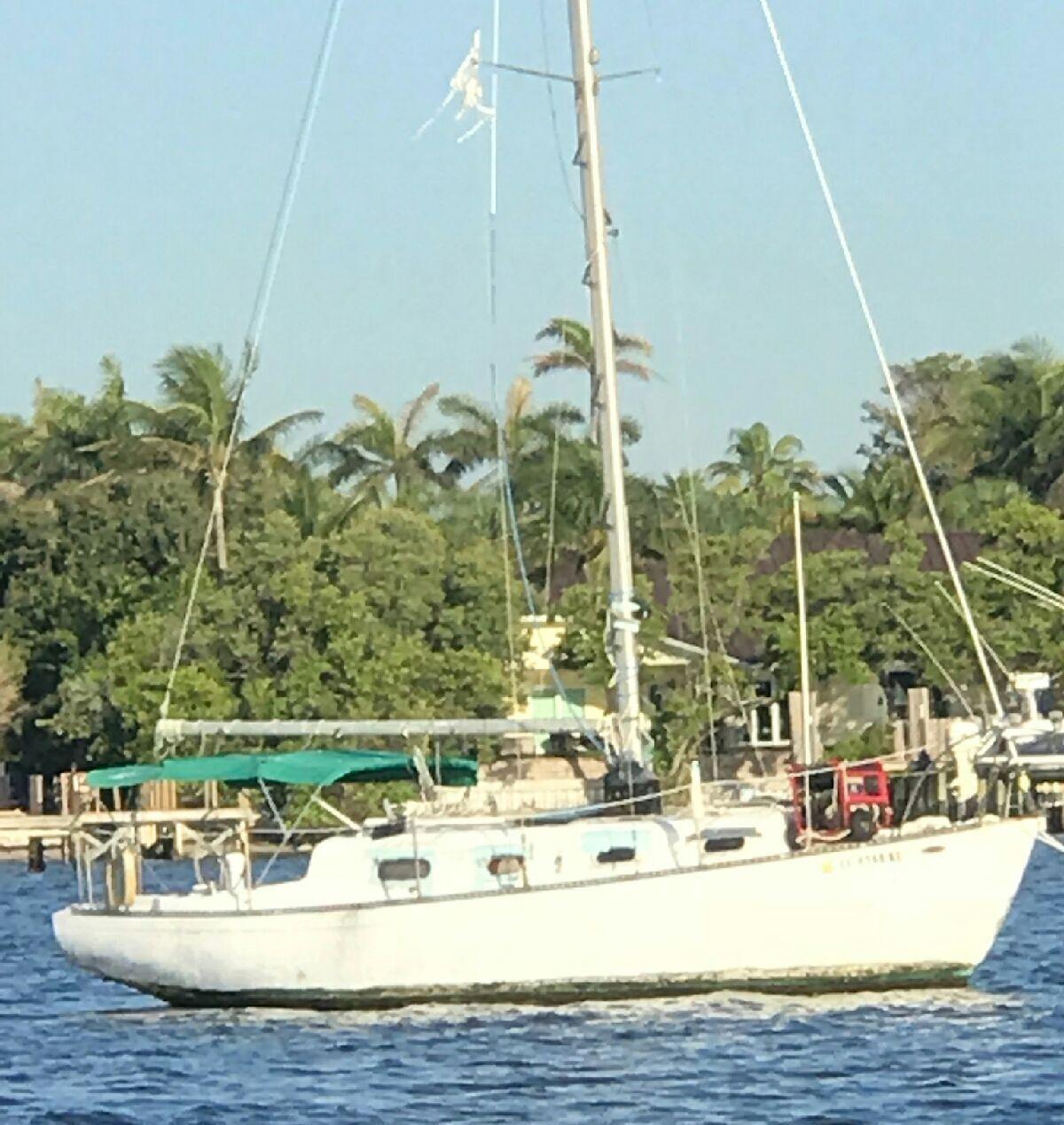 1974 Morgan 30' Sailboat - Florida