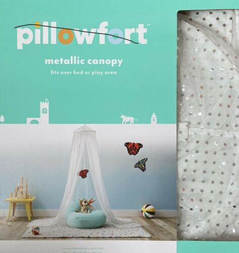 Pillowfort Mesh Foil Star Play / Bed Canopy   White / Silver