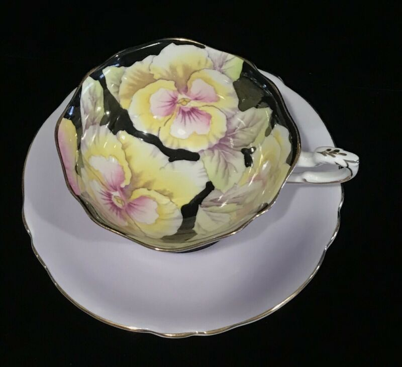 PARAGON CUP & SAUCER PANSIES BLACK BACKGROUND PURPLE EXTERIOR 6600 GOLD ENGLAND