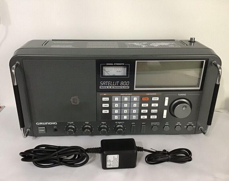 Grundig Satellit 800 Millennium Multi-Band Receiver Radio