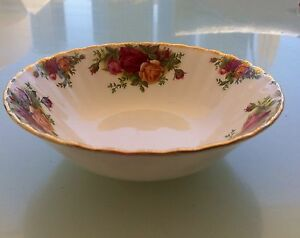 Royal Albert OLD COUNTRY ROSES FRUIT/DESSERT BOWL, 1st ENGLAND Kangaroo Point Brisbane South East Preview