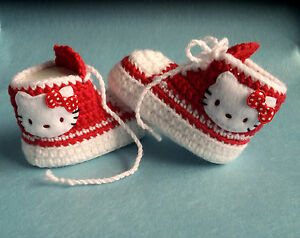 Babyschuhe, Babychucks,Turnschuhe mit Hello Kitty gehäkelt,gestrickt, 10 cm Neu
