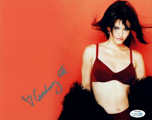 Courteney Cox Signed Autographed 8x10 Photo FRIENDS Scream Actress ACOA
