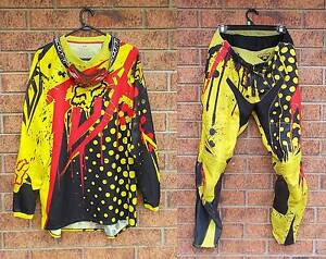 ☆ FOX Pants and Jersey / Scott Goggles ☆ Caboolture Caboolture Area Preview