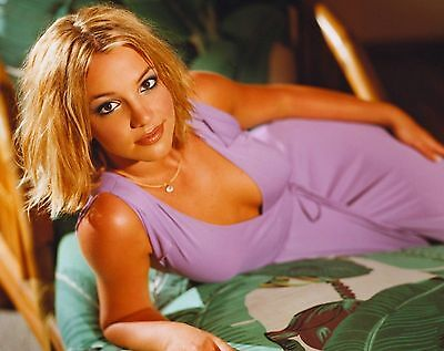 Britney Spears Unsigned 8x10 Photo (105)