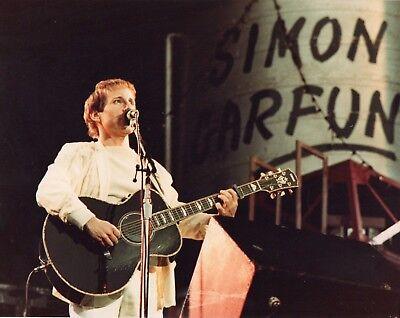 SIMON & GARFUNKEL PHOTO 1982 UNIQUE UNRELEASED IMAGE EXCLUSIVE 10 INCHES WEMBLEY
