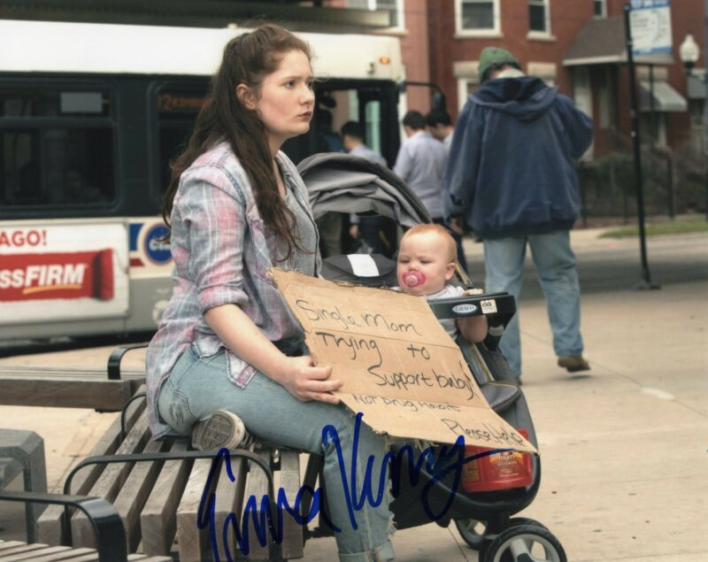 Emma Kenney Shameless Debbie Gallagher Signed 8x10 Photo w/COA #6