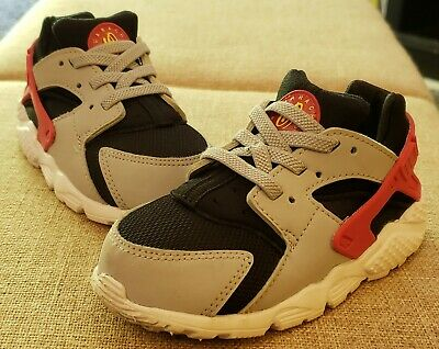 Nike Huarache Infant/Toddler Shoes Size 8c/8 *Pre-Owned in Very Good Condition*