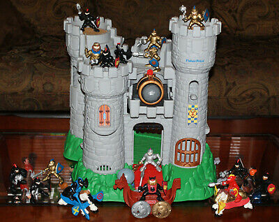 1994 Fisher Price Great Adventures Magic Castle Jousting 17 Knights 2 Horses