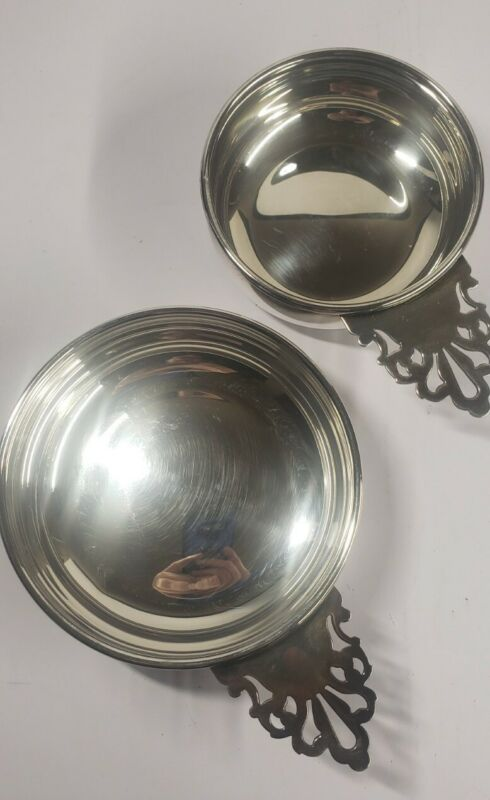 """BEAUTIFUL VINTAGE REED & BARTON PORRINGER SILVERPLATE 879 and  869~5"""" And  4"""" D."""