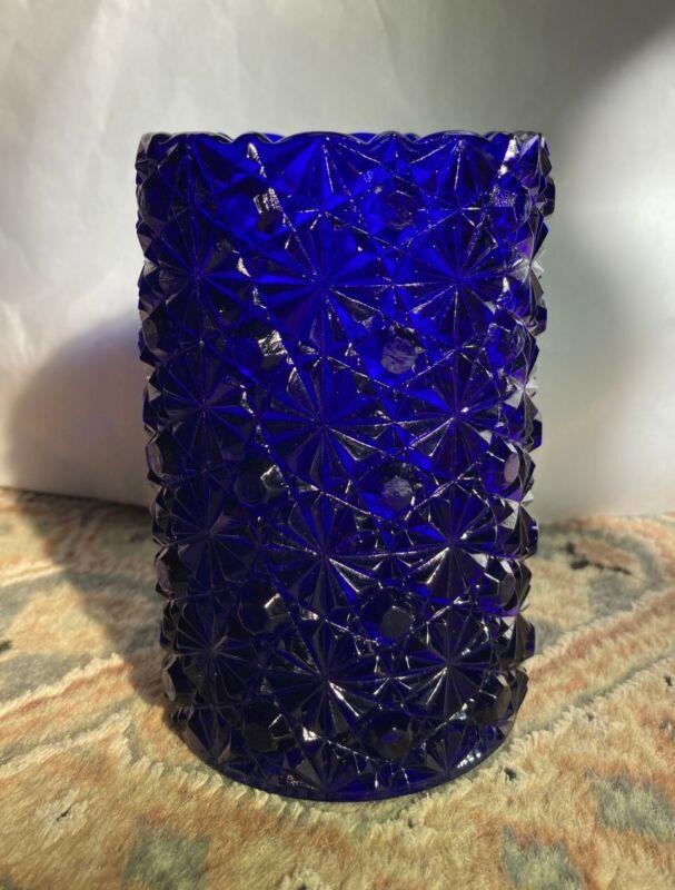 "Stunning L G Wright Colbalt Blue Daisy and Button Vase 5 "" High, 3"" Diameter"