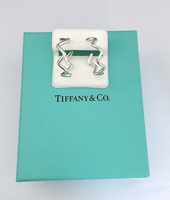 : Tiffany & Co.Paloma Picasso Sterling Silver Zig Zag Hoop Earrings