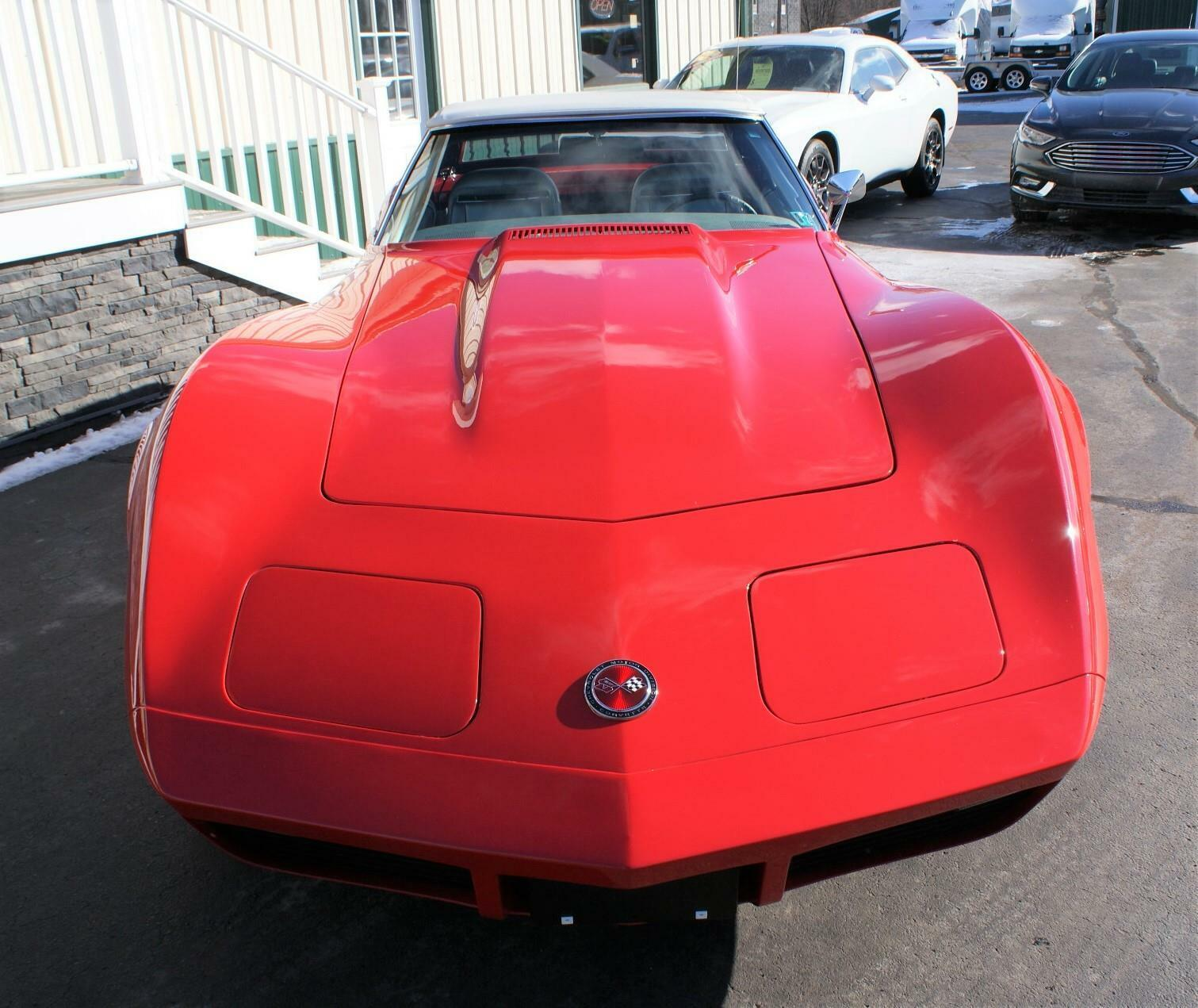 1974 Red Chevrolet Corvette  L82   C3 Corvette Photo 4