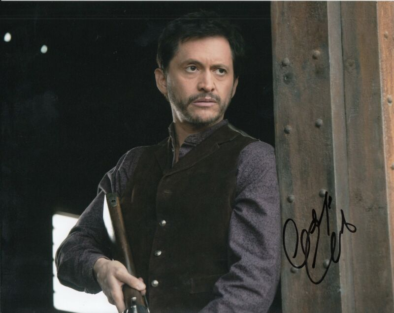 CLIFTON COLLINS JR signed (WESTWORLD) 8X10 photo *Lawrence El Lazo* W/COA #1