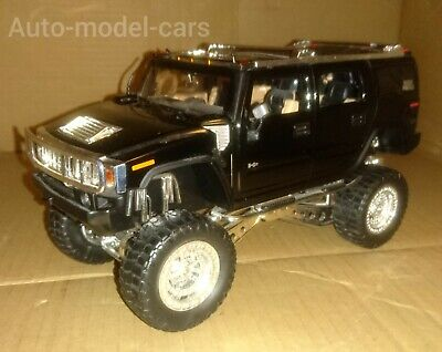 HUMMER H2 HIGH PROFILE JEEP IN LARGE 1/24  SCALE BY JADA + OPENING FEATURES