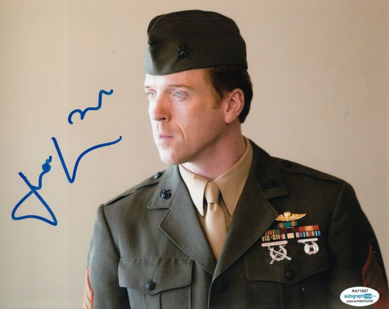 DAMIAN LEWIS signed (HOMELAND) TV Show 8X10 photo *Nicholas Brody* ACOA #2