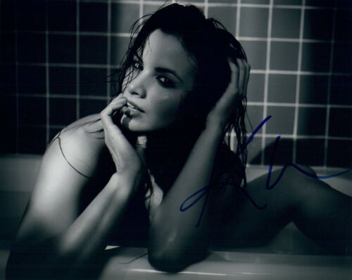 Katrina Law Signed Autographed 8x10 Photo Spartacus Arrow Sexy Actress COA