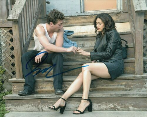 JEREMY ALLEN WHITE signed (SHAMELESS) TV Show 8X10 photo *Lip Gallagher* W/COA C