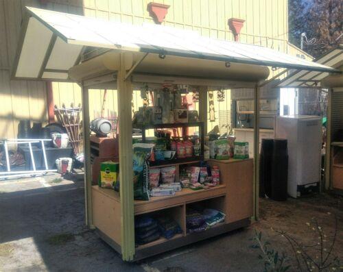 Large Retail Display Kiosk –Weatherproof, Locking & Lighted