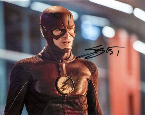 Grant Gustin Signed 'THE FLASH - Barry Allen' 8x10 Photo PROOF COA D