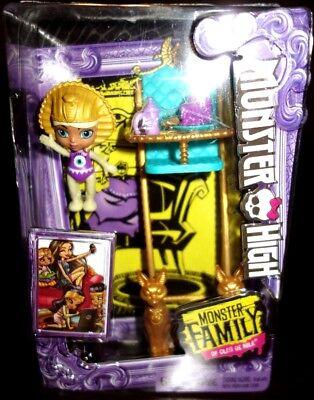 Monster High Monster Family of Cleo De Nile  Sandy Baby High Chair New](Monster High Baby)