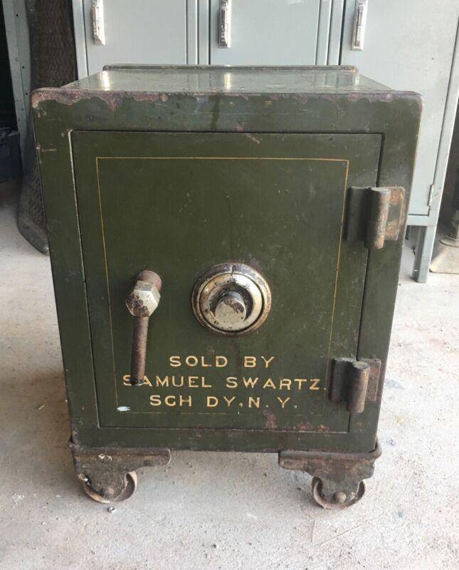 Antique Victor Safe Marked Samuel Swartz Schnectady NY Pat. Date 1904