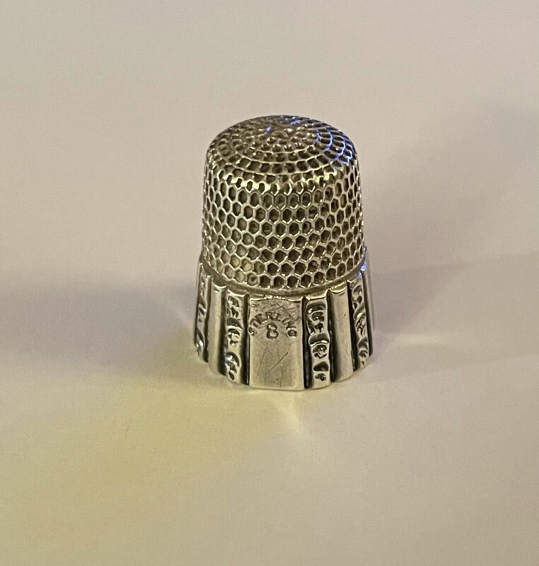 ANTIQUE SIMONS BROS STERLING SILVER PANELED #8 THIMBLE