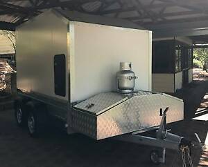 Motorbike trailer - enclosed 10 x 5 1/2 ft Greenmount Mundaring Area Preview