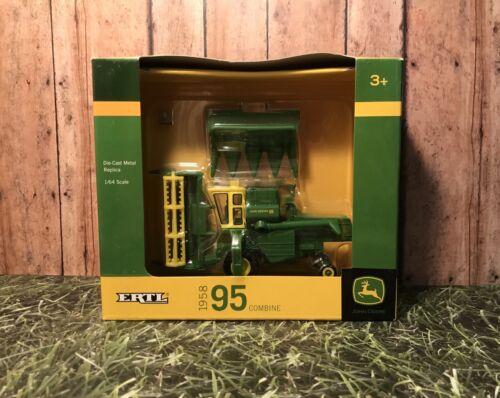 ERTL John Deere 1958 95 Combine with Corn and Grain Heads 1/64