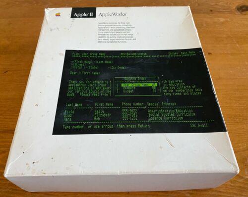 """Apple II Appleworks Software Set and Manuals 3.5"""" Floppy Disks"""