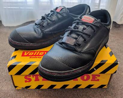 Volley Safety Steel Cap Shoe
