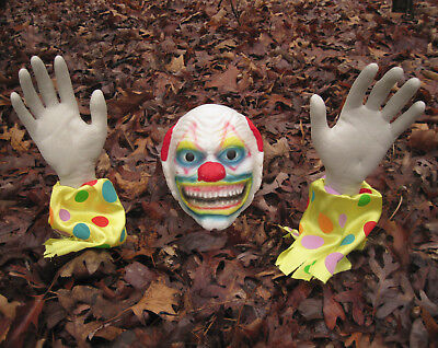 Groundbreaker Evil Zombie Clown Scary Grave Head & Arms Outdoor Halloween Prop