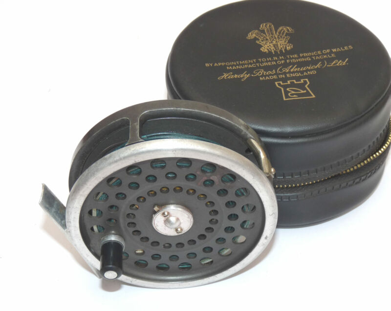 Hardy Marquis 8/9 classic alloy fly reel & Hardy padded case