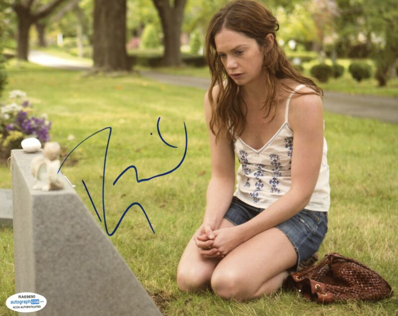 "Ruth Wilson ""The Affair"" AUTOGRAPH Signed 8x10 Photo D ACOA"