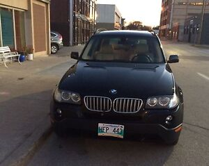 2007 BMW X3 3.0si Fully loaded w/ panoramic sunroof