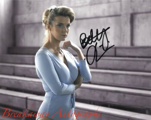 BETTY GILPIN SIGNED 8x10 PHOTO EXACT PROOF COA AUTOGRAPHED GLOW 2
