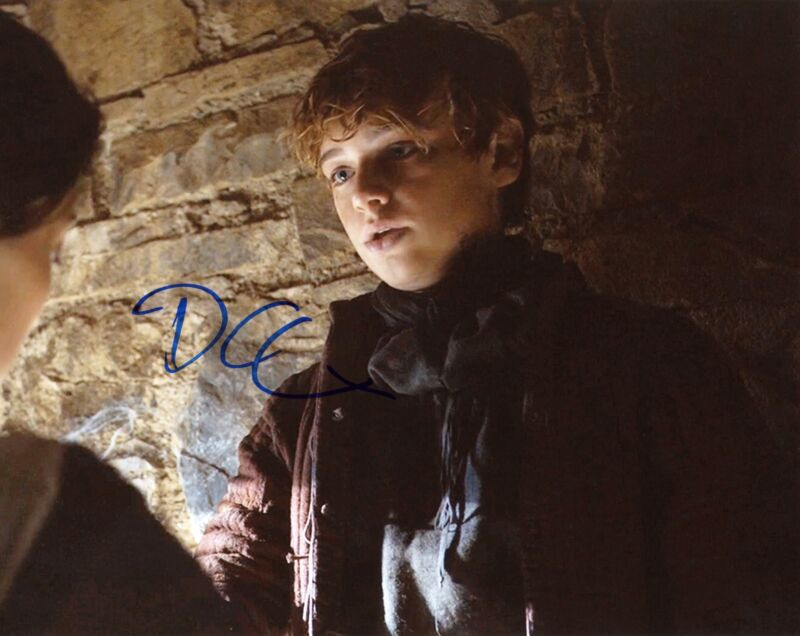 """Dean-Charles Chapman """"Game of Thrones"""" AUTOGRAPH Signed 8x10 Photo ACOA"""