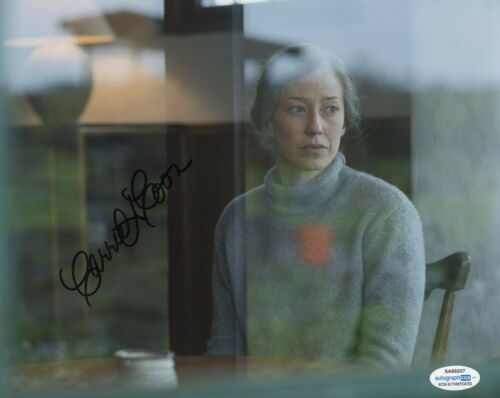 Carrie Coon The Leftovers Autographed Signed 8x10 Photo ACOA