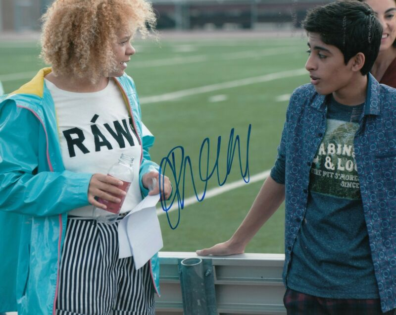 RACHEL CROW signed *INVISIBLE SISTER* MOVIE 8X10 photo Nikki *PROOF* W/COA #1