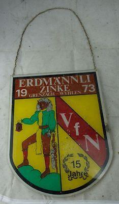 altes Kunststoffschikld Fasching Fasnet Erdmännli Zinke Grenzach Whylen 1973