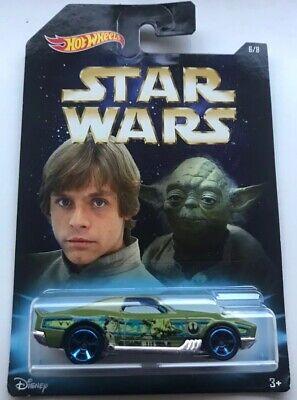 Hot Wheels Star Wars Yoda & Luke Skywalker Die-Cast Car